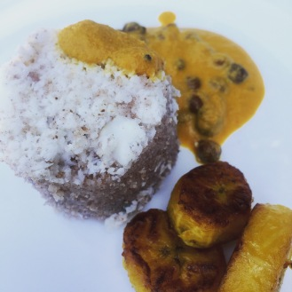 Puttu and kadala kari